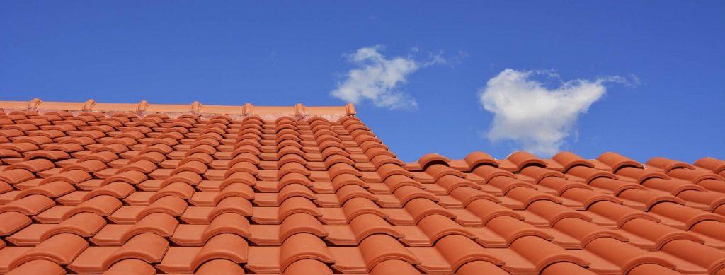 Co zyskujesz poprzez mycie dachu?